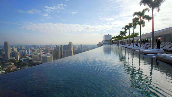 Luxurious-Marina-Bay-Sands-05