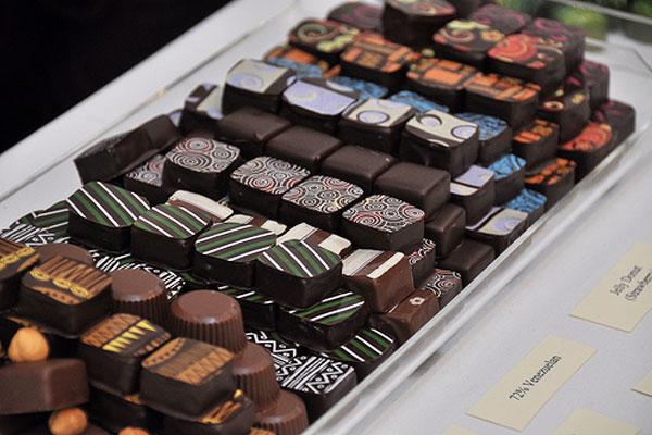 The-Aficionados-Collection-of-Chocolates