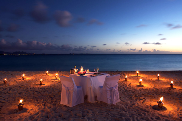 Most romantic beach resorts of the world for Romantic hotels of the world