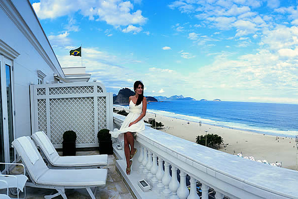 Most Romantic Beach Resorts Of The World! For Couples