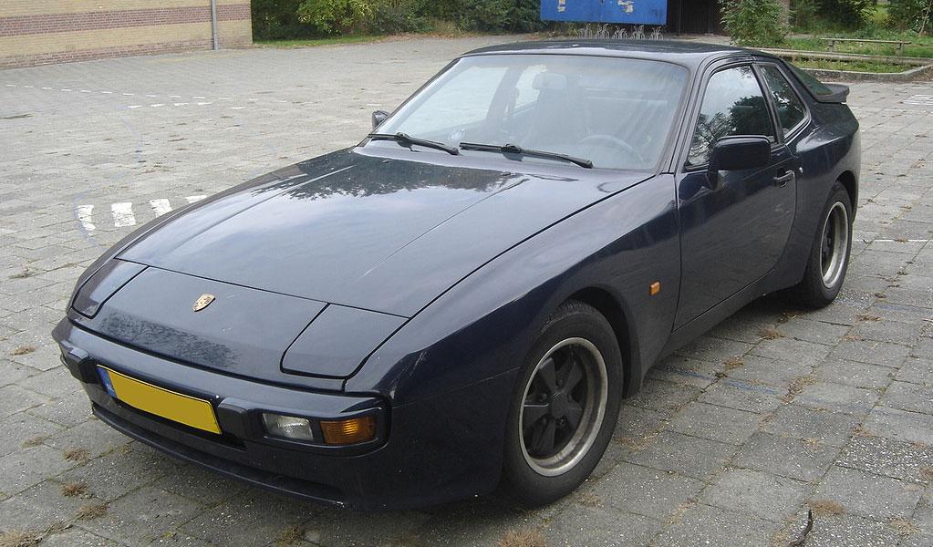 Porsche 944 (1982-1991)