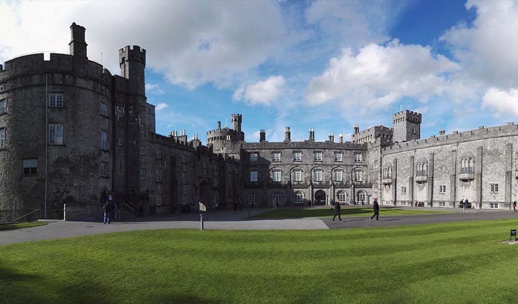 Travel to ireland you must see Castles